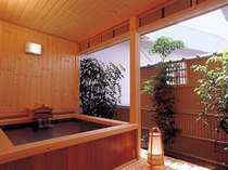 露付客室(鶴亀の間)の露天風呂,三重県,味覚の宿 幸洋荘