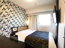 スタンダードルーム 広さ11㎡/ベッド幅140cm、ベッド下収納