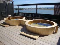 屋上より大淀川を一望する露天風呂完成!壮大な景色が広がる街中の露天風呂をお楽しみください。(女湯)