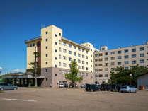 【ホテル全景】大正15年創業。十勝川温泉の老舗として多くの皆様からご愛顧頂いております。