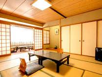 【和室12.5畳一例】広々とした和室でお寛ぎください。清潔さにおいても、ご好評をいただいております。