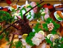とーちゃんが獲った伊勢えび、あわび、ささえの活き造り&シラッ鯛の姿造り