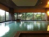 【大浴場/内風呂】「西の河原源泉」と「万代鉱」の混合泉※一例
