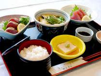 【和定食一例】手軽に食べられる和定食。食材は旬のものや新鮮なものを使用しております☆