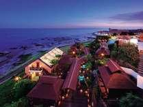 南房総の景勝地「平砂浦海岸」の自然に寄り添うように建つリゾートホテル。※写真は海鮮BBQコテージ全景