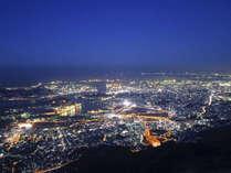 【皿倉山】当館から車で約20分/西日本三大夜景の1つ、100億ドルの夜景です!