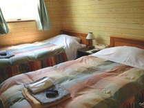 山小屋風が人気。朝起きると窓から見えるゲレンデの風景。