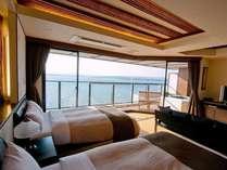 ■抱月(ほうげつ)/露天風呂付客室■ 七尾湾を見晴らす絶景の露天風呂付客室