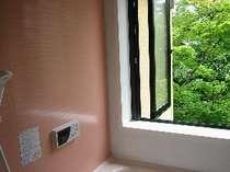 開放感いっぱいのジュニアスイートルームのお風呂