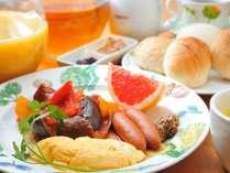 夏野菜たっぷりカポナータの朝食