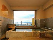 【展望貸切露天風呂】(漁火の湯、海蛍の湯)橘湾を望む展望の貸切湯。景色を眺めながら温泉に浸かる贅沢。
