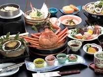 夕食の一例(1月~3月上旬はカニが禁漁で佐渡サザエのつぼ焼きに変更予定です。)