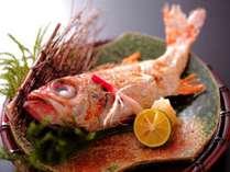 """<お料理無料ランクアップ!プラン>基本プランのお魚料理を高級魚""""のど黒""""に無料でランクアップします。"""