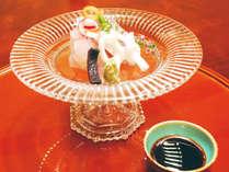 【夕食一例】新鮮な旬魚を盛り合わせ