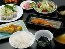 【1泊朝食付】朝から元気、武尊山の朝食プラン