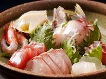 ★地魚お刺身盛合せ【料理一例/2名様】