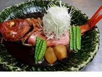 【じゃらん限定】(大金目の煮魚)&地魚の刺身盛付き温泉貸切風呂無料のリッチなプラン