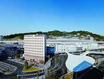【ホテル外観】 熊本駅から徒歩100歩の好立地公共交通機関の停留所も近くです