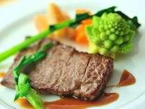 *【夕食】お肉料理のイメージ