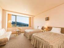 【洋室】白を基調とした明るいお部屋