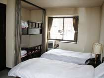 【お部屋一例】コンドミニアム★ウエスト客室例(ツイン+2段ベッド)
