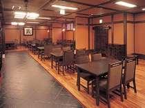 【施設】目の前の本館本陣 料亭蔵ダイニングにて食事を