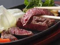 和牛の肉汁がジュワッと美味しい絶品ステーキ★
