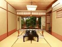 【素泊まりプラン】全室から日本庭園一望♪自家源泉かけ流し♪お肌つるつる♪ラジウム温泉♪