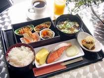 【朝食付】1日の始まりは朝食から!和食・洋食・日替わりから選べる定食スタイルがうれしい朝食付プラン☆