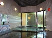 蔵王天然水沸し風呂「華の湯」女性浴室