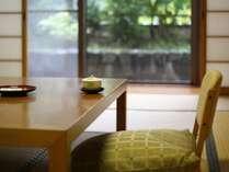【客室】二間続きの特別和室「かつら」(お部屋一例です)