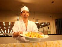 【夕食バイキング】天婦羅は揚げたて!海老の天ぷらが自慢です