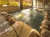 【大浴場】川のせせらぎを聴きながら楽しむ露天風呂