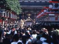 「三社祭」の様子 毎年5月