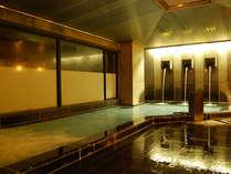 約800年に渡る歴史を持つ温泉郷、湯田温泉