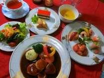 地元の旬の素材などを使った体に優しい料理