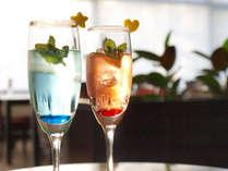 【アペリティフ】特別にアレンジした食前酒で乾杯。