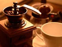 スイートルーム全室で挽き立てコーヒーをお部屋で召し上がれます。