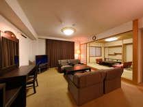 ≪CLASSIC SUITE ROOM和洋≫オーシャンビューが楽しめる和室と洋室がコネクトしたスイートルーム。