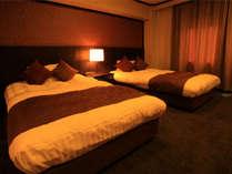 ≪MODERN VILLA SUITE≫セミダブルツインベッドで快適な眠りを。