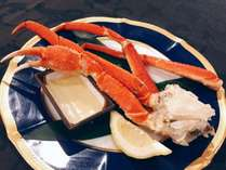 夕食には【ズワイ蟹】追加で付いてきます!(2名盛のイメージ)