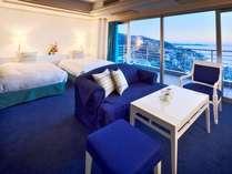 【スーペリアルーム70平米】ブルーを基調としたオーシャンビューのお部屋