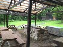 雨でも安心の屋根付きBBQハウスは1日1組限定!