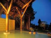 【十和田湖西湖畔温泉(夜)】 星が降りそそぐ露天風呂でゆったり、ほっこり・・・♪
