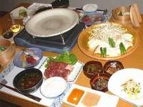 スタミナバッチリ、おいしいお肉の陶板焼き、食もすすみます。