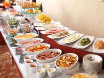●朝食バイキングイメージ。地元名品や新鮮野菜など、充実したメニュー