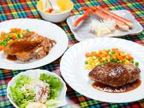 お子様にも大人気の洋食セット!ハンバーグ&鳥ソテーのメインディッシュ♪