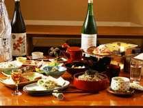 地元の食材と旬の素材にこだわった、自慢の山郷料理です。