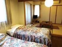 広い和洋室客室専用露天風呂付