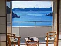 窓の外はまるでカリブ海?